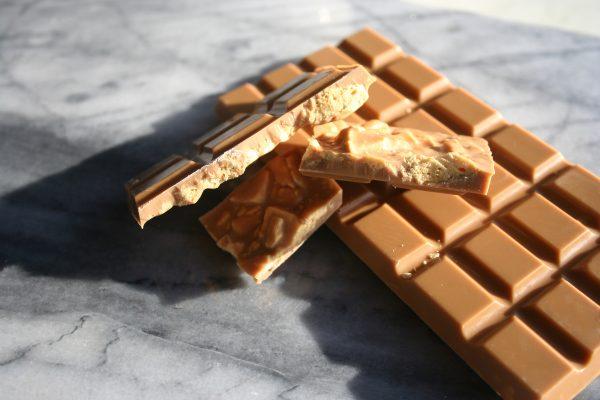 amber honeycomb chocolate bar